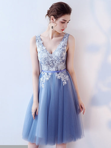 2017 Chic Homecoming Dress Deep V-neck Knee-Length Tulle Short Prom Dress AM039