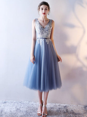 Chic Lavender Homecoming Dress V-neck Lace Cheap Short Prom Dress AM040