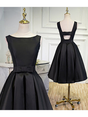 Simple Homecoming Dress Black A-line Satin Bateau Short Prom Dress AM051