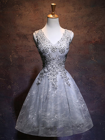 A-line Chic Gray Homecoming Dress Modest V-neck Applique Modest Cheap Short Prom Dress AM119