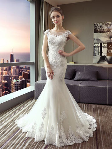 Trumpet/Mermaid Scoop Tulle White Long Lace Appliques Wedding Dress AM137