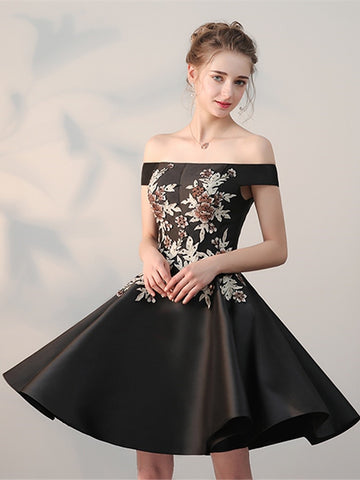Chic A-line Off-the-shoulder Black Applique Satin Short Prom Dress Homecoming Dress AM243