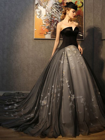 Chic A-line Ball Gowns V-neck Tulle Applique Tulle Black Modest Prom Dress Evening Gowns AM280