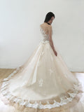 Chic A-line Bateau Ivory Tulle Applique Lace Modest Wedding Dress Evening Gowns AM363