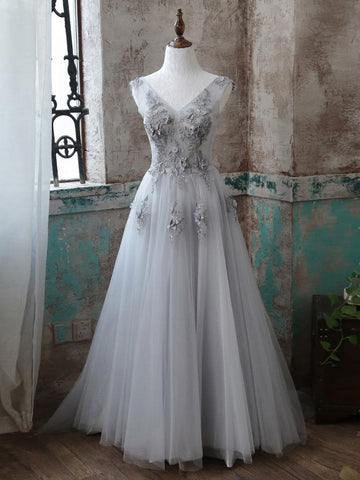 Chic A-line V-neck Silver Tulle Applique Modest Prom Dress Evening Dress AM395