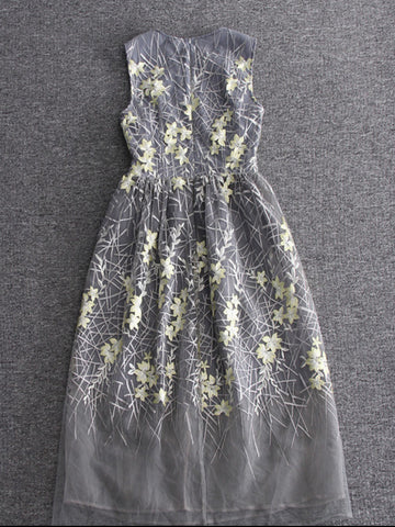 Chic A-line Scoop Gray Tulle Applique Tea-length Prom Dress Evening Dress AM436
