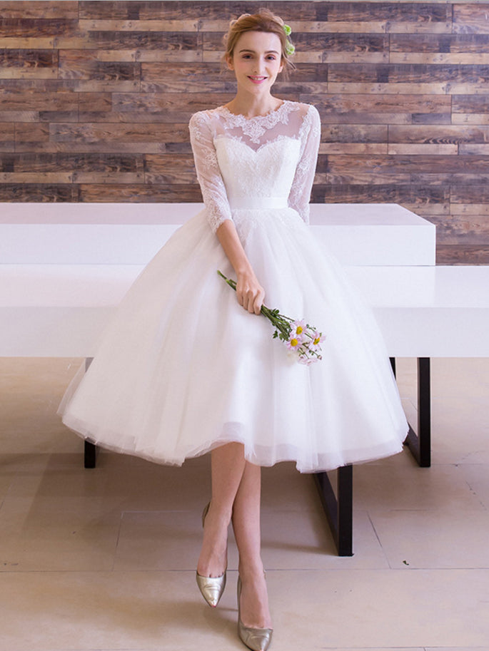 Chic A-line Scoop Half Sleeve White Tulle Lace Tea-length Wedding Dress AM441