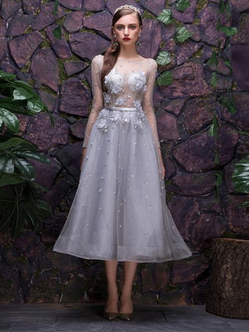 Chic A-line Silver Homecoming Dress Bateau Tulle Applique Short Prom Dress AM483
