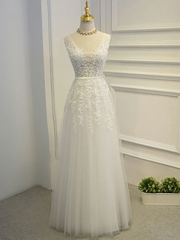 Chic A-line White Prom Dress V-neck Tulle Applique Modest Evening Dress AM498