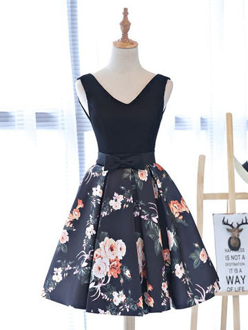 Chic A-line V-neck Black Satin Modest Short Prom Dress Homecoming Dress AM625