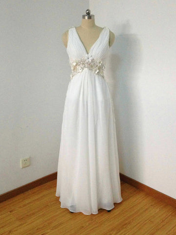 Chic A-line V-neck Chiffon White Ruffles Modest Long Prom Dress Evening Dress AM802