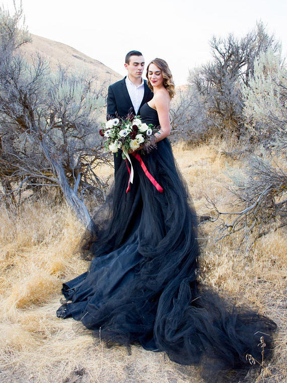 Chic Black Wedding Dresses A-line Long Simple Country Wedding Dress AMY8
