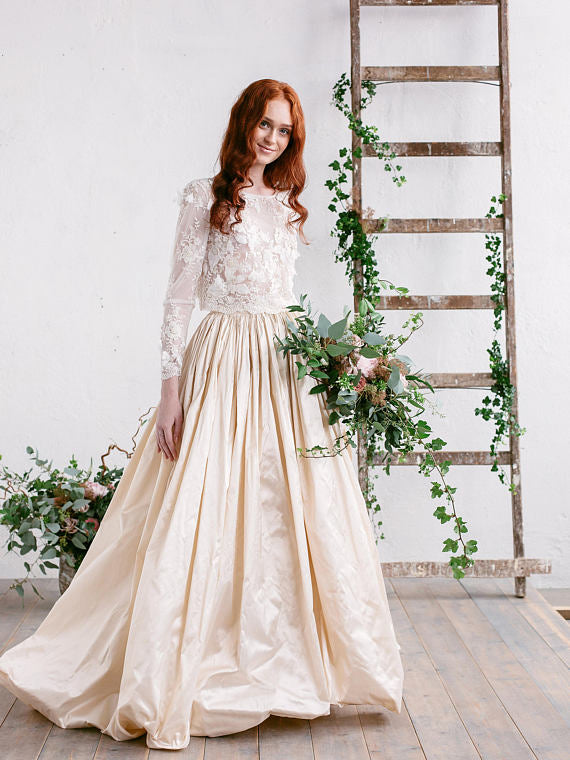 Chic Two Pieces Wedding Dress A-line Bateau Long Sleeve Prom Dress Bridal Dress AMY073