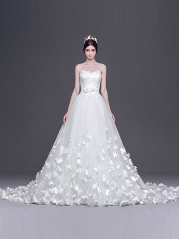 Chic Cheap Wedding Dresses Vintage A-line Sweetheart White Wedding Dress With Lace AMY091