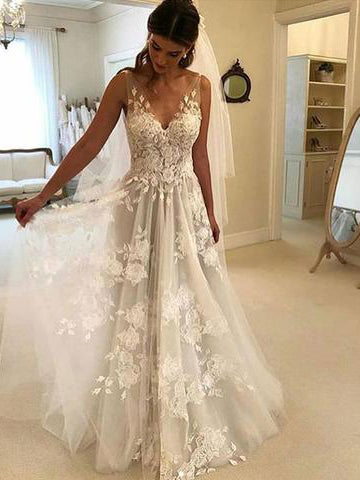Chic White A-line Prom Dress Deep V Tulle Floor Length Lace Long Prom Dresses Evening Dress AMY1042
