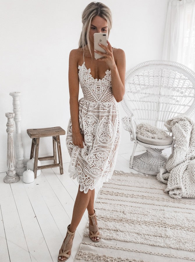 A-Line Spaghetti Straps Criss-Cross Straps Knee Length White Lace Short Prom Homecoming Dress|Amyprom