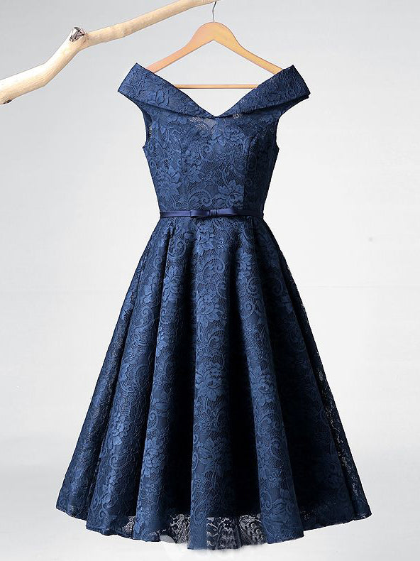2018 Chic A-line V neck Lace Homecoming Dresses Unique Dark Navy Short Prom Dress Homecoming Dresses AMY2162