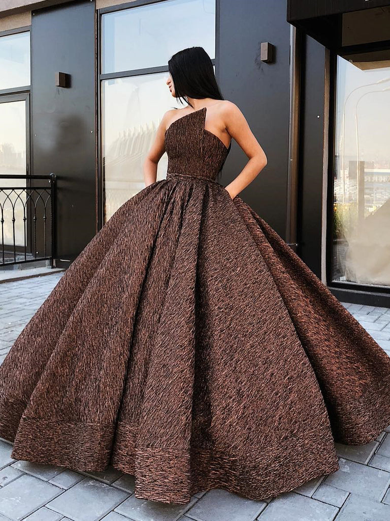 2019 Chic Ball Gowns Strapless Prom Dress Sparkly Prom Dress Evening Dresses AMY2357