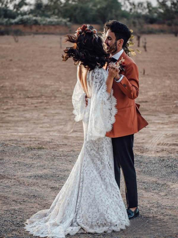 Backless Batwing Sleeve Boho Wedding Dresses Mermaid Rustic Wedding Dress Amy2561