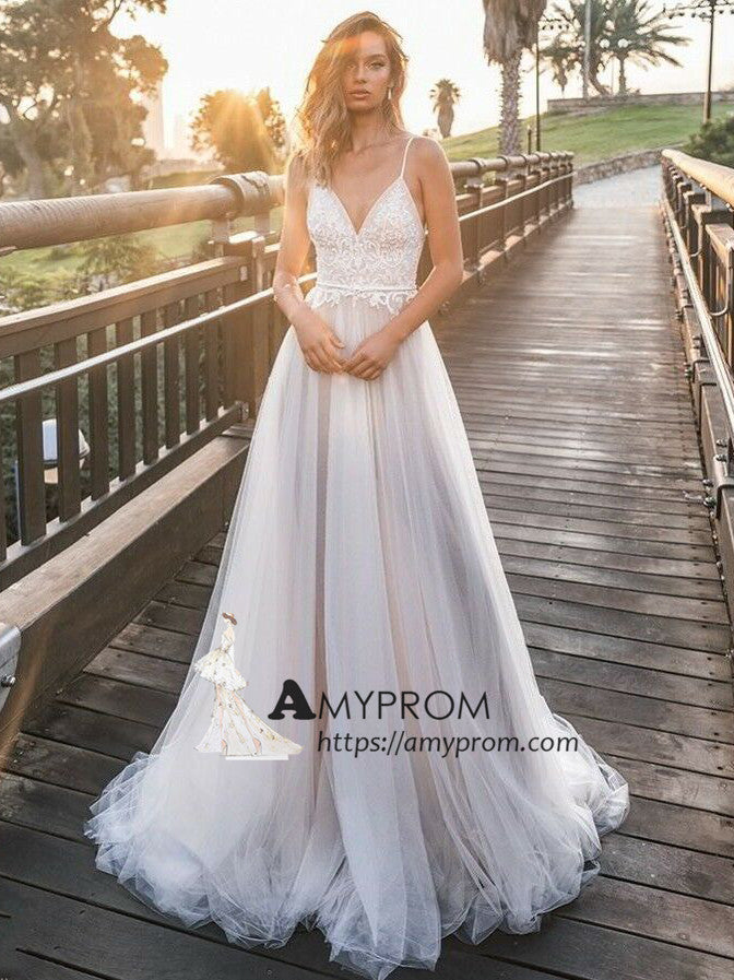 Romantic Spaghetti Straps Boho Wedding Dress Summer Lace Open Back Wedding Gowns Bridal Gowns Amy2847