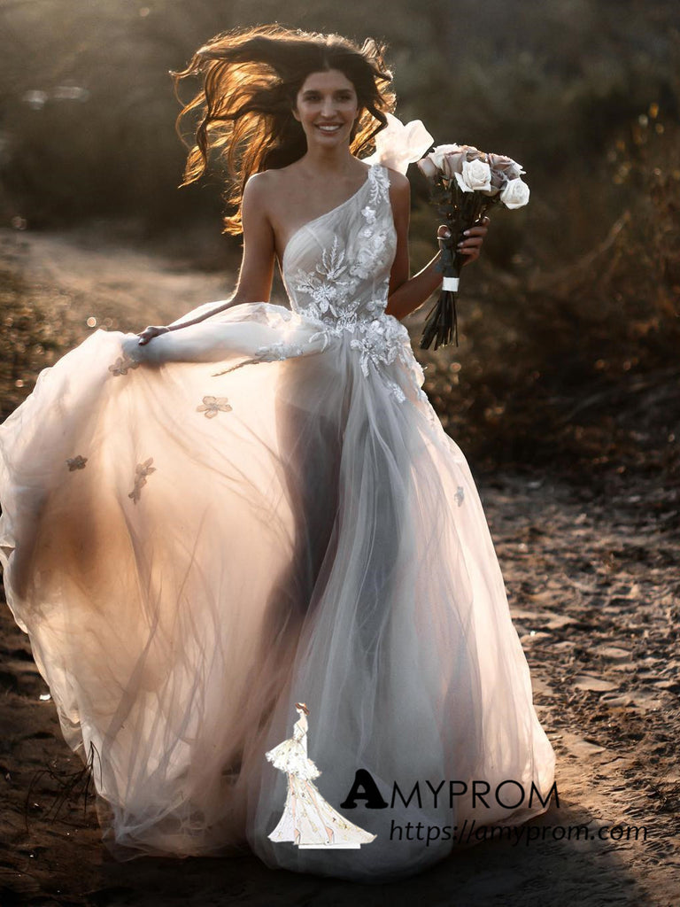 A-line One Shoulder Boho Wedding Dress Romantic Beach Lace Beautiful See through Wedding Dress Bridal Gown AMY3060