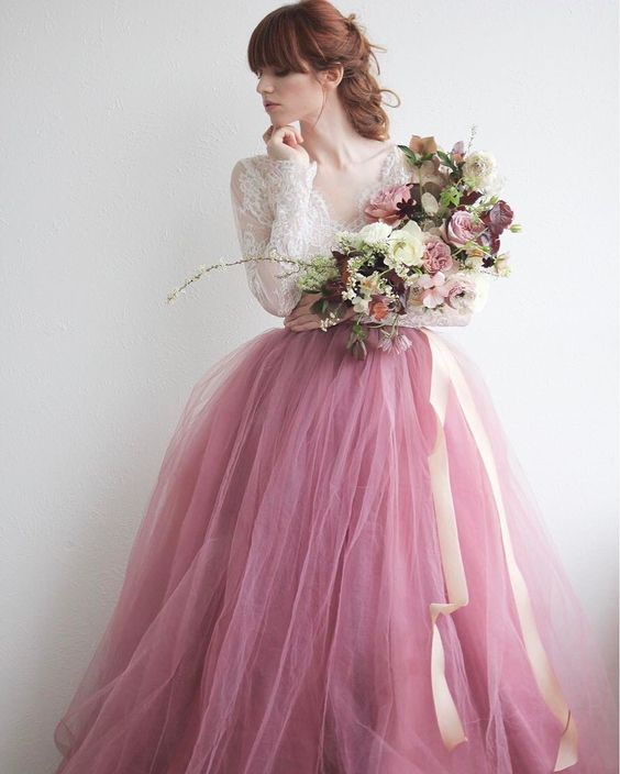 Long Sleeve V Neck Wedding Gown: Beautiful V Neck Wedding Dress Pink Long Sleeve Lace Tulle