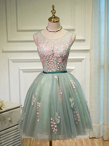 Charming A-line Homecoming Dress Scoop Short Prom Dress With Appliques SKA097