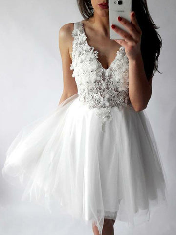 A-line V-neck Homecoming Dress White Appliques Tulle Short Prom Dress SKA113
