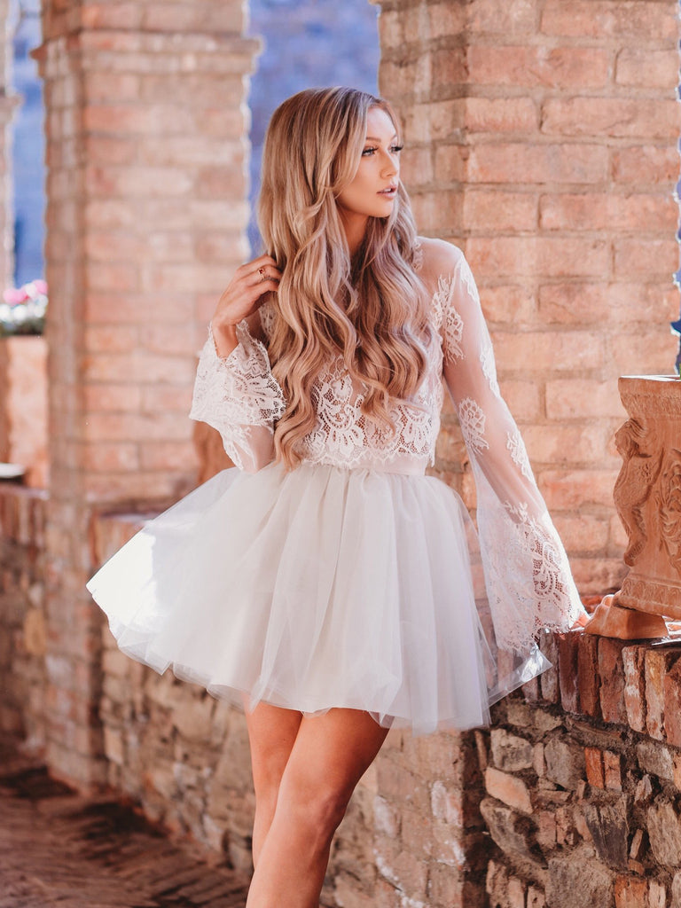 Charming A-line Bateau Ivory Homecoming Dress Short Prom Drsess With Lace SKY842
