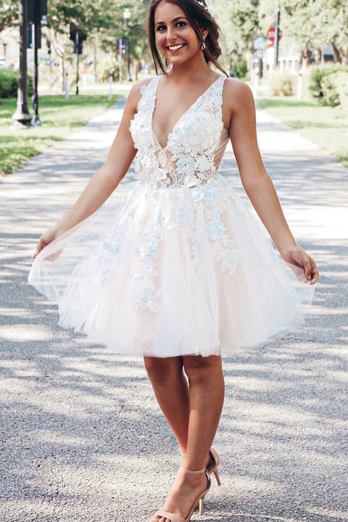 A-line V neck Lace Applique Short Prom Dress Homecoming Dress WHK147