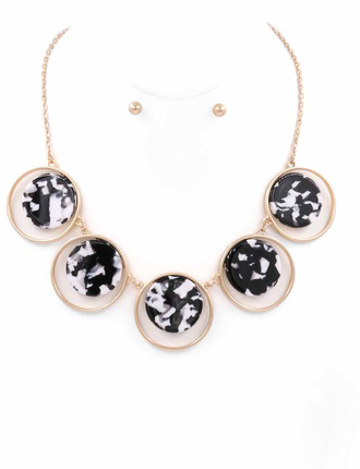 Linked Celluloid Disc Necklace