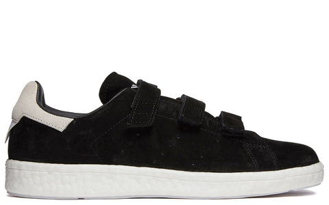 White Mountaineering Stan Smiths in Black (CG3650)