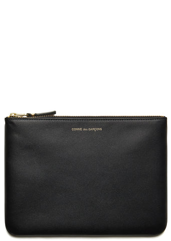 AW17 Very Black Pouch in Black