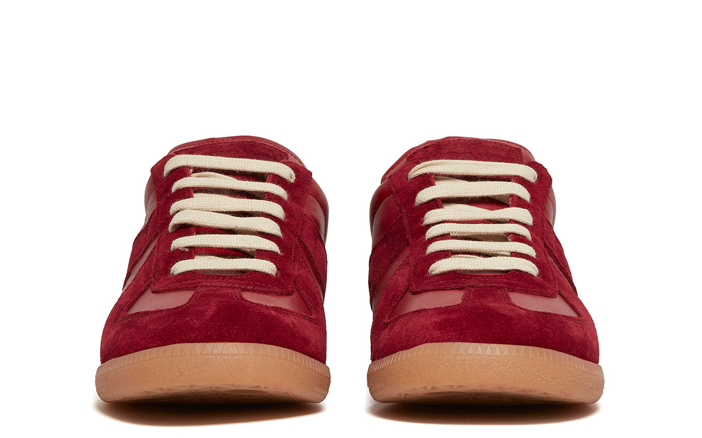 Replica Sneakers in Red