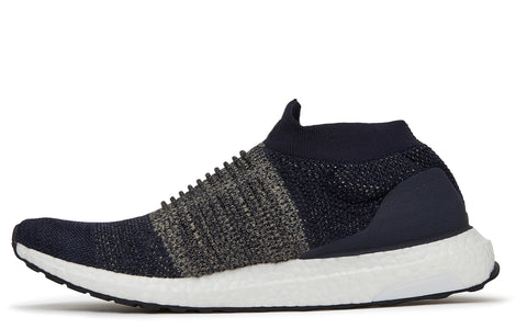 SS18 Ultraboost Laceless in Black / Legend Ink (BB6135)