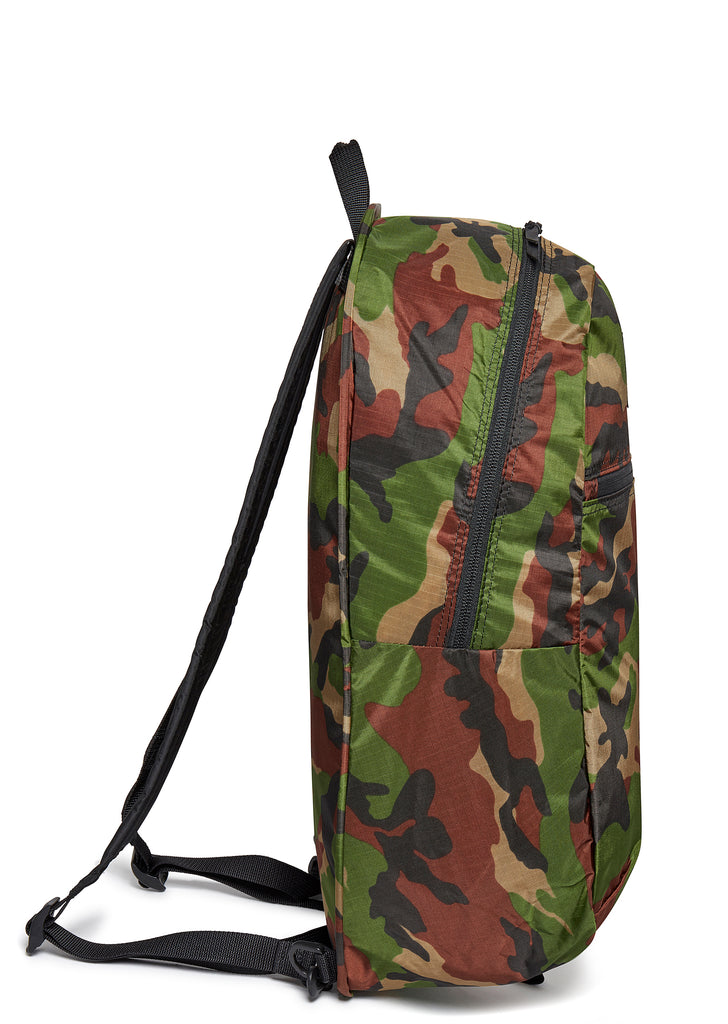 Pop 'n' Pack Backpack in Camo