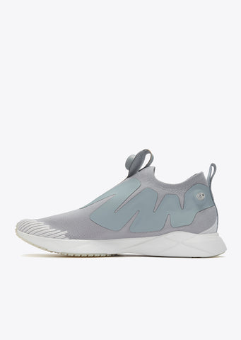 Pump Supreme Ultraknit in Flint Grey/Skull Grey
