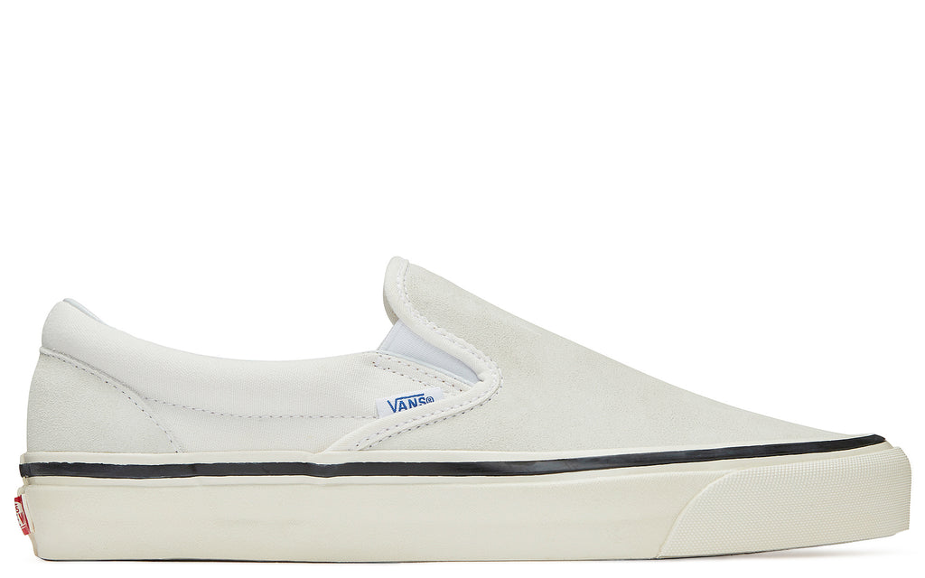 UA Classic Slip-On 98 DX in White