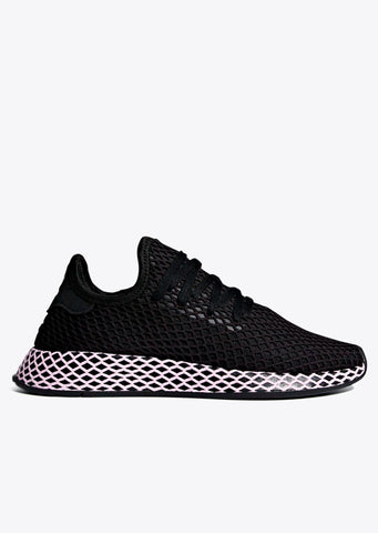 Deerupt Runner Womens in Core Black/Clear Lilac