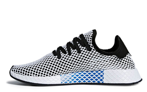 SS18 Deerupt Runner in Core Black/White (CQ2626)