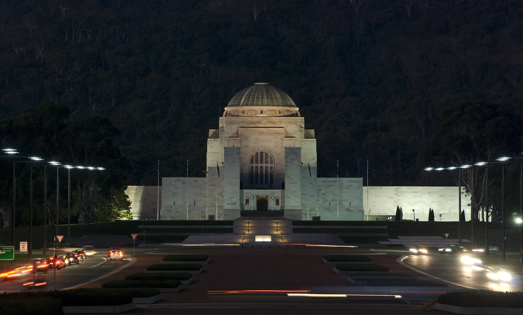 australian war memorial essay The australian war memorial is australia's national memorial to the members of  its armed forces and supporting organisations who have died or participated in.