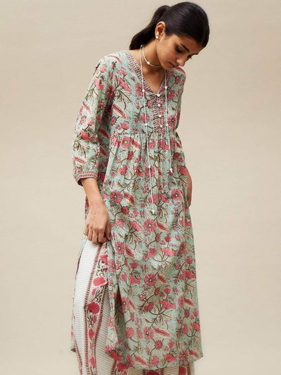 Cottonworld Women's Kurtis Women's Green Ethnic Kurti