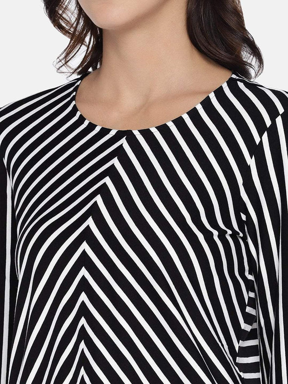 Women's  Viscose Elastane Knit Black/White A Line Tshirt Cottonworld Women's Tshirts