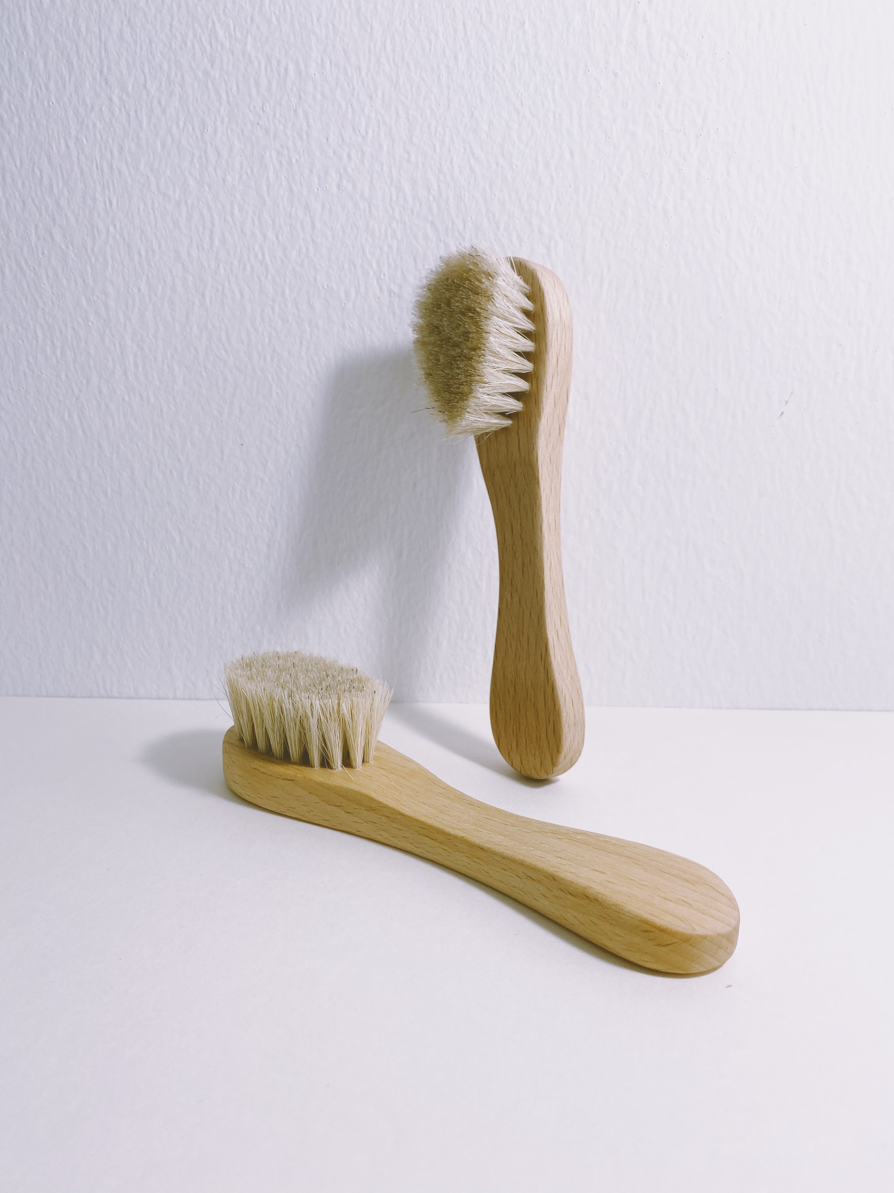 the face brush - WANT Skincare