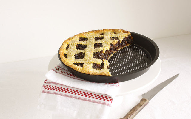 Warm, Flaky Crust with the Flaky Pie Crust Pan!