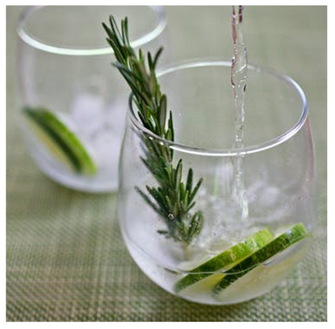 cucumber-rosemary-gin-and-tonic