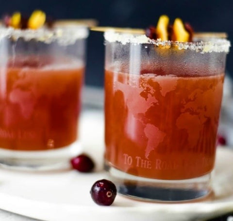 Spicy orange and cranberry drink