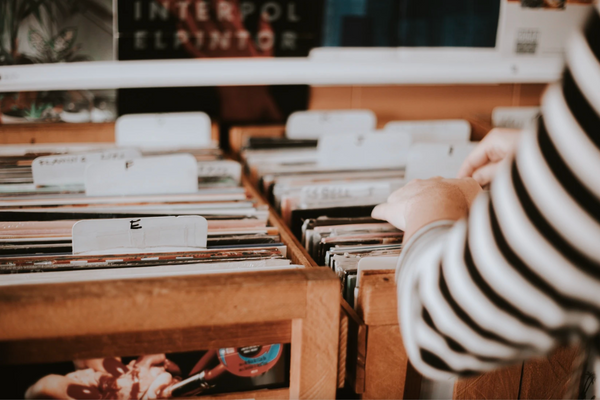 [5 Reasons Why It's Never Too Late to Start Your Vinyl Collection](https://www.notion.so/5-Reasons-Why-It-s-Never-Too-Late-to-Start-Your-Vinyl-Collection-274f0fea55ba456dab62cf508fad780c)