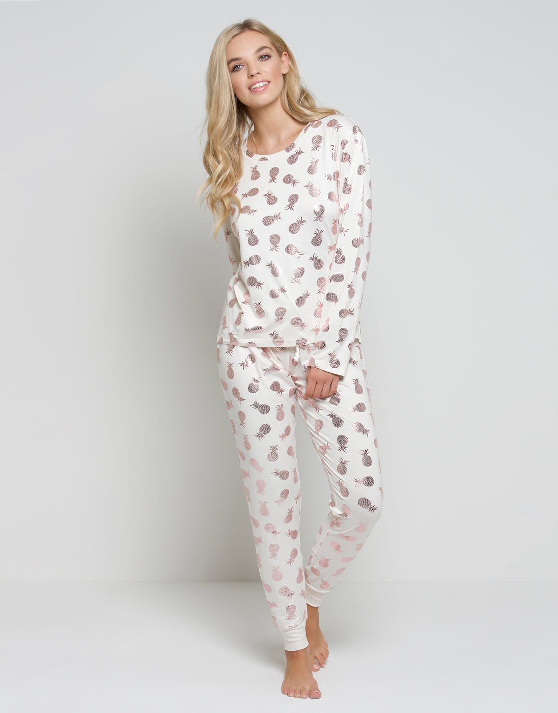 Chelsea Peers NYC White Foil Pineapple Long PJ Set - Chelsea Peers NYC