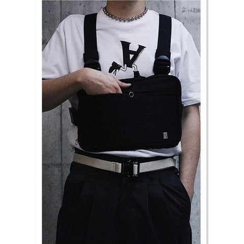 Hot black chest bag